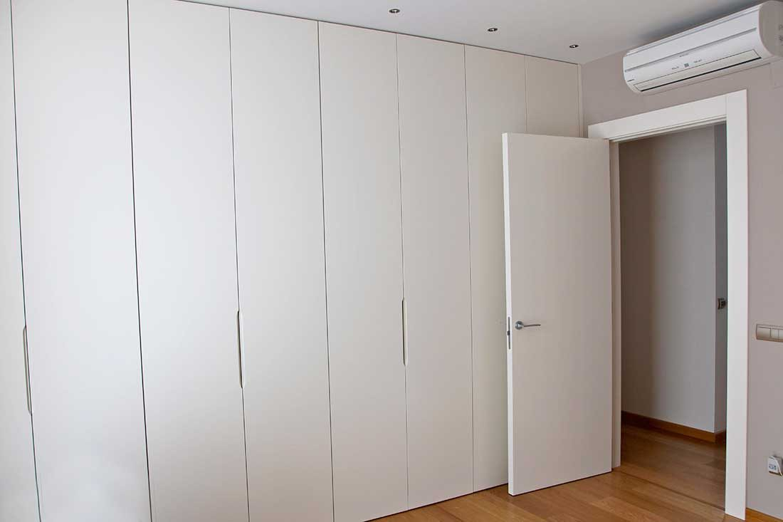 Vestidor integrado en habitación