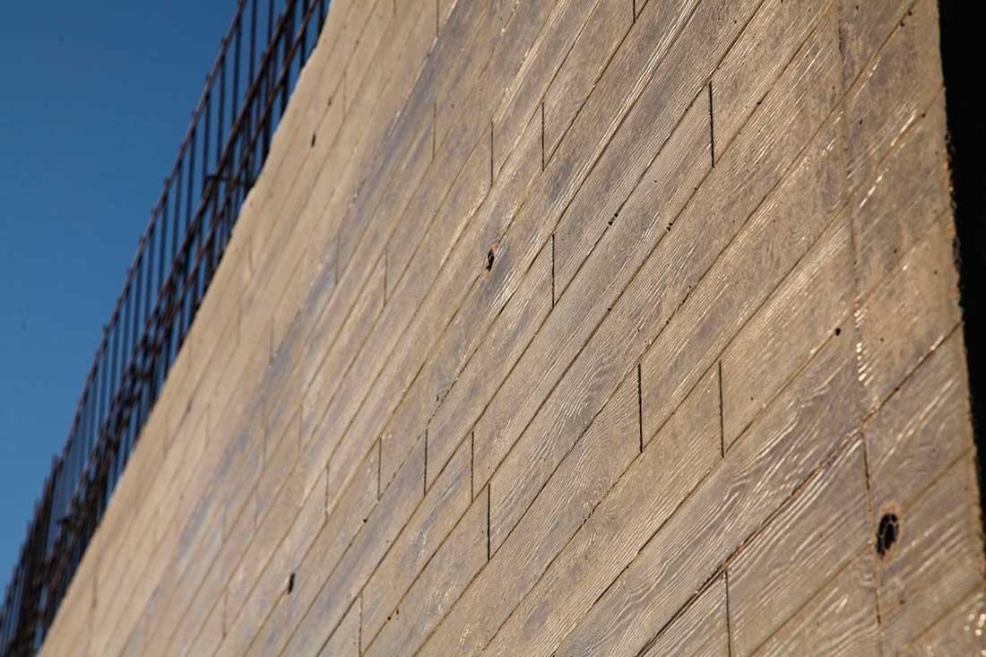 Muro exterior de cemento acabado